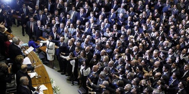 Oposição teme que PMDB tenha errado no timing