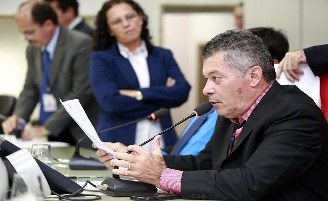 Edson Martins quer extensão universitária presente em municípios de Rondônia