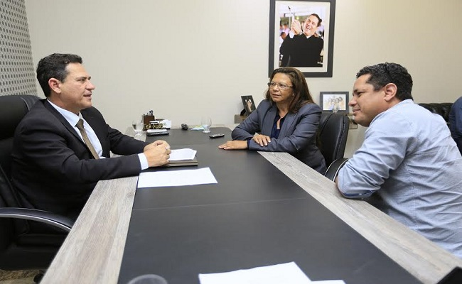 Maurão solicita recuperação de estradas vicinais em Theobroma