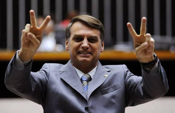 Jair Bolsonaro anuncia candidatura à presidência da Câmara
