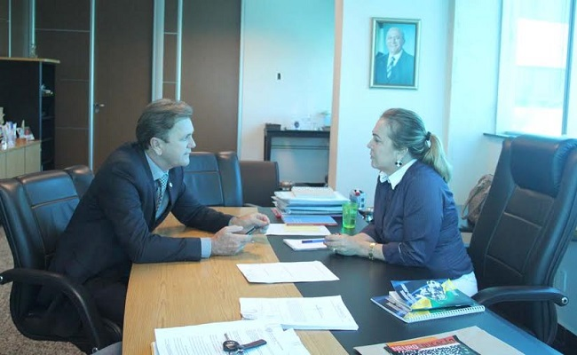Deputado Luizinho Goebel anuncia quadras esportivas cobertas em Vilhena e Cerejeiras