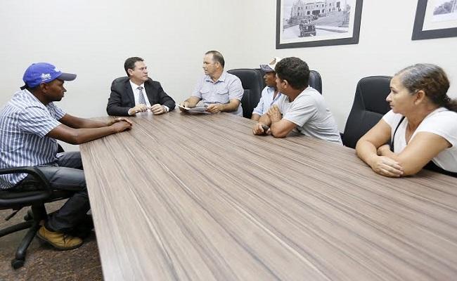 Presidente da Assembleia recebe pedido de apoio para associações de Ariquemes
