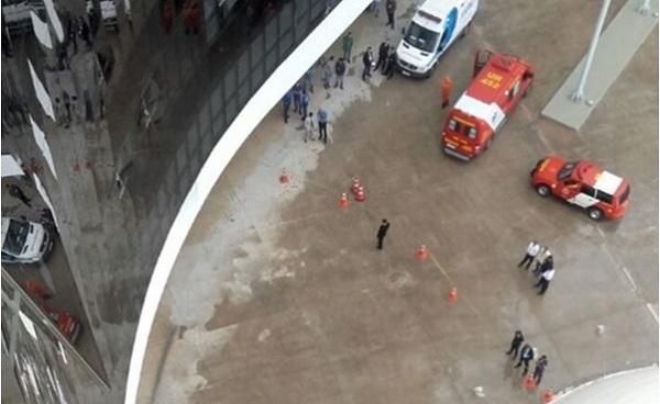 Funcionário do TSE cai do 7º andar; polícia acredita em suicídio