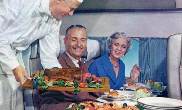 Relembre (ou conheça) como eram os serviços à bordo das aeronaves; tinha até lagosta