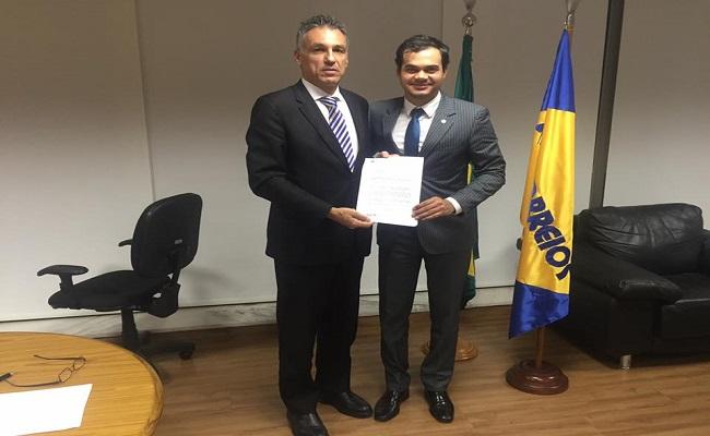 Expedito Netto intercede pela reabertura de agência dos Correios em Vilhena