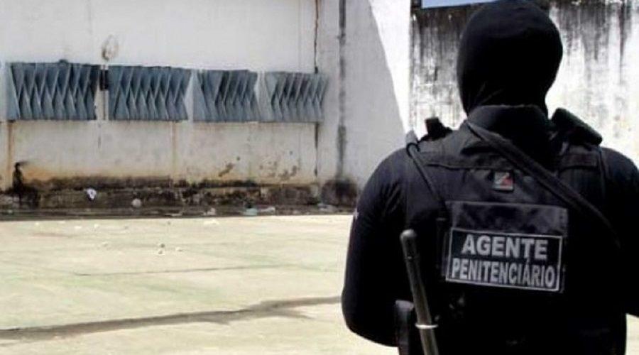 """MP consegue medidas contra agente penitenciário que gravou áudio """"incitando crimes"""" em greve; ele pode ser preso"""
