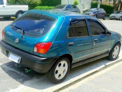 Ford é condenada por lançamento de dois modelos do Fiesta no mesmo ano