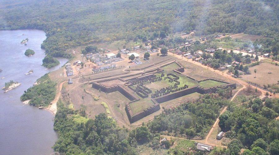 Conheça o Real Forte Príncipe da Beira e se programe para fazer uma visita