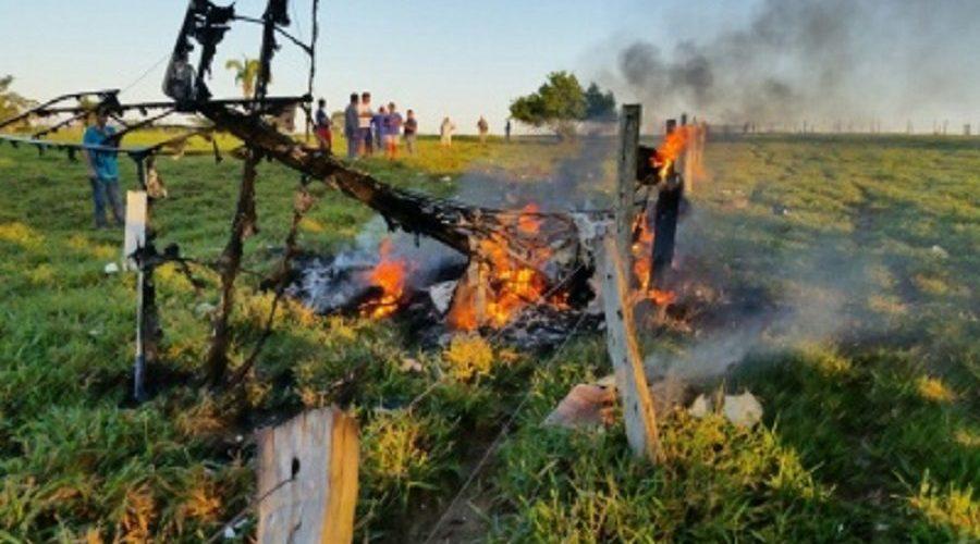 Ultraleve cai próximo à Ji-Paraná, piloto morre carbonizado