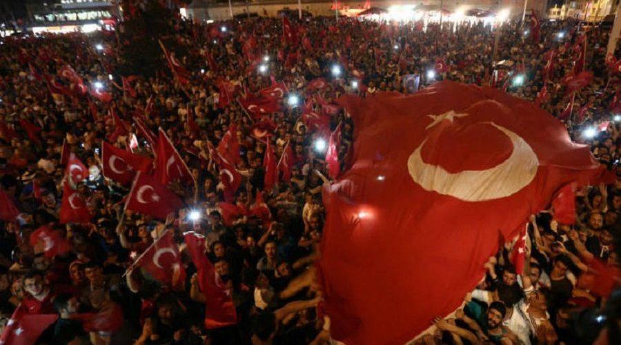 Turquia suspenderá convenção de direitos humanos temporariamente
