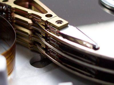 Pesquisadores criam HD 'atômico' de 1 mm que pode armazenar 500 TB