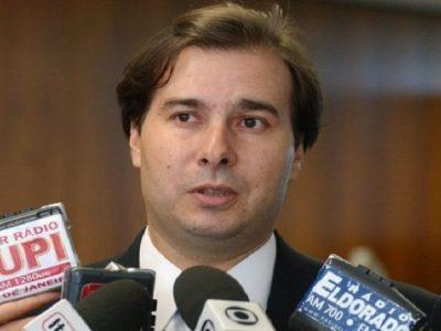 Rodrigo Maia ainda não decidiu se disputará a reeleição da Câmara