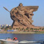 China inaugura estátua de 58 metros