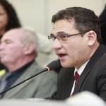 Maurão anuncia que Assembleia Legislativa terá manual de redação oficial