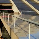 Corpo nu e carbonizado é encontrado na porta de teatro em Brasília