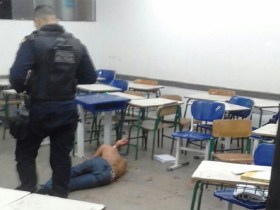 Aluno é baleado com cinco tiros dentro de escola na capital