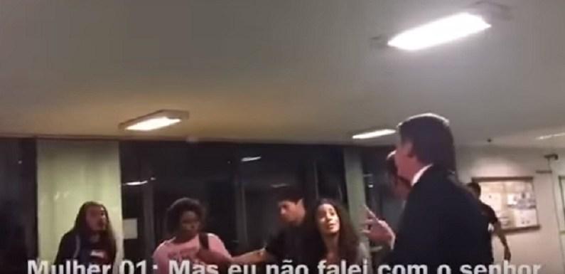 """Bolsonaro manda prender militantes do PSOL que o chamaram de """"homofóbico""""; veja"""