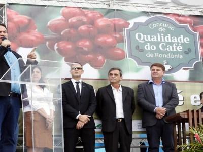 Maurão prestigia solenidade de premiação do concurso de Qualidade do Café