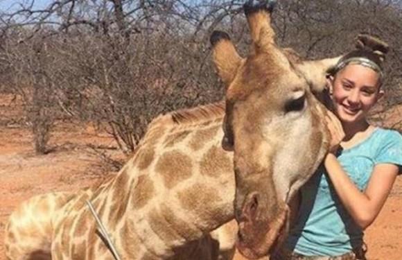 Menina de 12 anos mata animais, posta fotos na net e causa polêmica no mundo