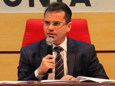 Terceiro Turno - por Andrey Cavalcante