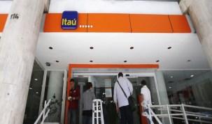 Lucro do Itaú Unibanco cai 8,9% no 3º trimestre, para R$ 5,595 bi