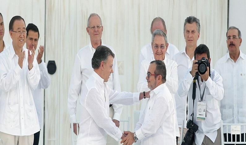Colômbia e Farc assinam hoje 2º acordo de paz