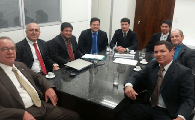 O município de Guajará-Mirim está falido, mas os vereadores estão em Brasília