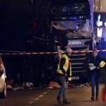 Caminhão avança sobre feira de Natal em Berlim; há mortos e feridos
