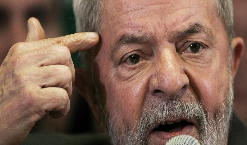 Lula diz que Lava Jato virou perseguição para evitar sua candidatura