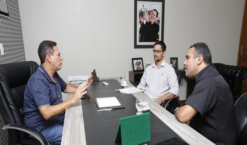 Maurão diz ao sindicato dos agentes penitenciários que PCCS vai entrar na pauta extraordinária