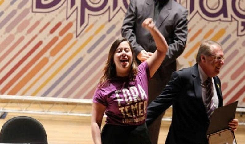Vereadora eleita em SP quer Temer fora do governo em duas semanas