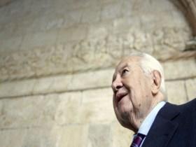 Ex-presidente português está em coma profundo