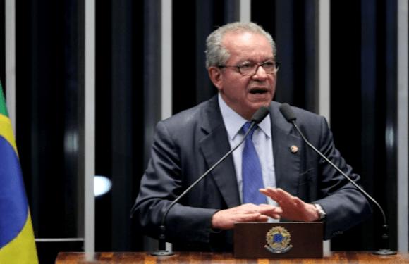 José Aníbal propõe PEC para acabar com supersalários no funcionalismo público