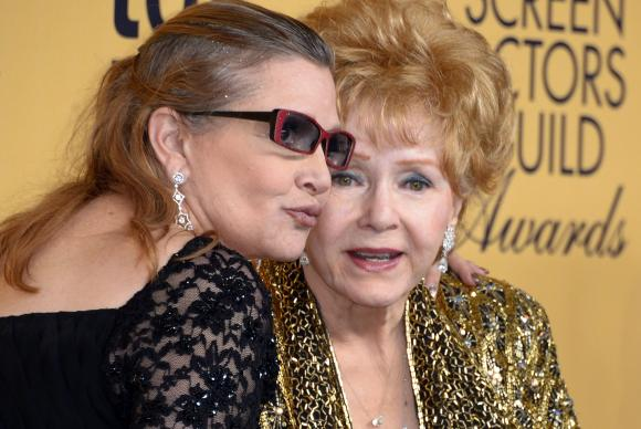 Morre Debbie Reynolds, 24h após morte de filha Carrie Fisher