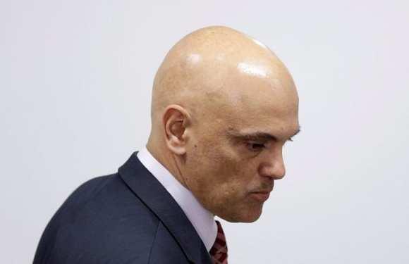 Alexandre de Moraes diz que foi 'surpreendido' por senadores com reunião em barco