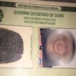 Homem tenta subornar PMs e é preso; ele tinha RG com erro de português