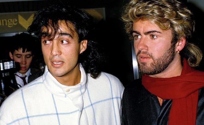 Andrew Ridgley, que fazia dupla com George Michael no Wham! mora em sítio e roda Ibiza de bicicleta