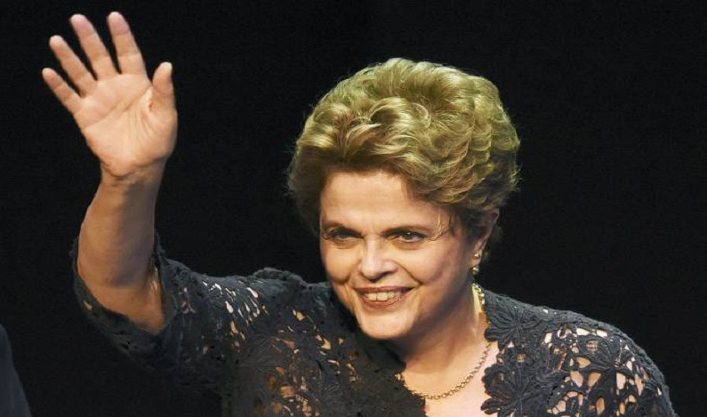 Na Espanha, Dilma ataca Lava Jato, PSDB, Temer e vê volta de Lula