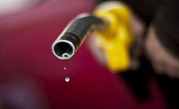 Governo autua mais de 2 mil postos sobre desconto de R$ 0,46 no diesel