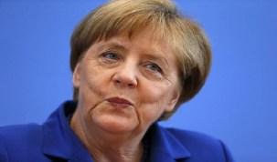 Europa tem destino nas próprias mãos, responde Merkel a Trump