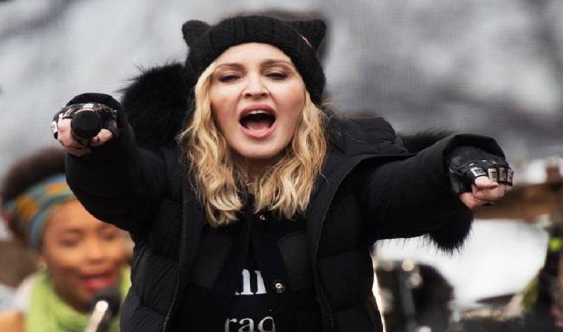 Madonna é banida de rádio nos EUA após protesto contra Trump