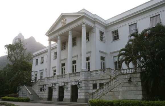 Crivella planeja morar no Palácio da Cidade e realizar cultos no local