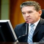 Conselheiro acusado de comprar vaga no TCE-MT é afastado do cargo