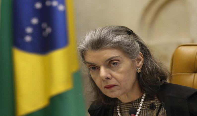 Ministra Cármen Lúcia sugere acabar com 'sabe com quem você está falando?' no país