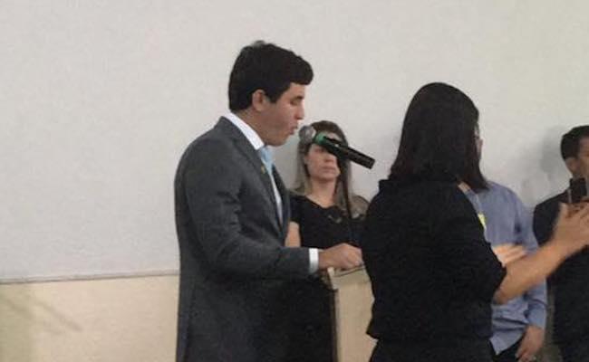 Mauricio Carvalho é eleito presidente da Câmara de vereadores