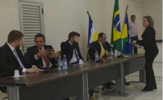 Atestado médico e sumiço coletivo impedem eleição de presidente da Câmara em Vilhena