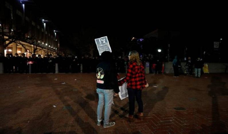 Trump ameaça reduzir fundos para universidade após protestos