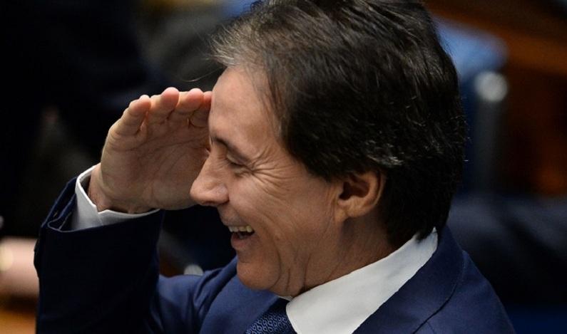 Eunício Oliveira é acusado de receber propina para liberar MP para Odebrecht