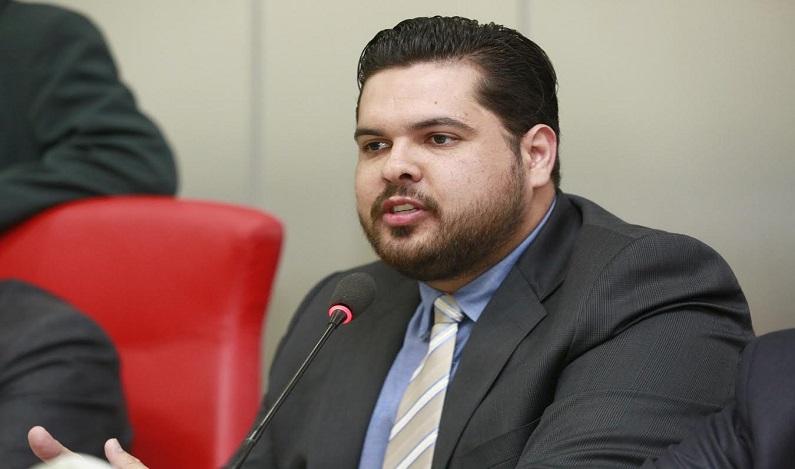 Jean Oliveira indica expansão de rede elétrica em Porto Velho