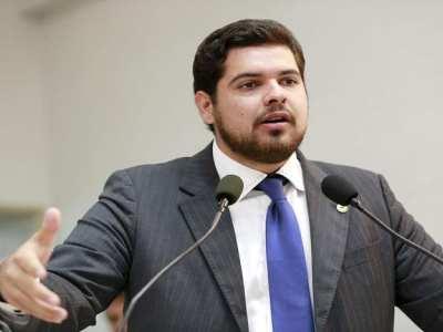 Jean Oliveira parabeniza municípios por 25º aniversário de elevação